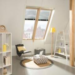 Fenêtre de toit en bois à rotation rehaussée