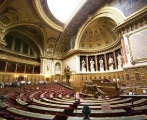 Un rapport du Sénat propose des mesures pour soutenir les PME fragilisée par...