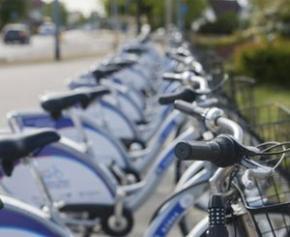 Le vélo progresse fortement en centre-ville mais baisse presque partout ailleurs