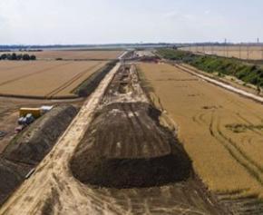 Réalisation d'une ligne ferroviaire pour desservir l'aéroport Roissy...
