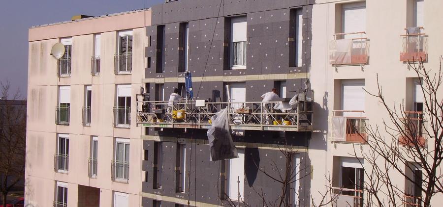 Le bâtiment fustige le rabotage de MaPrimeRénov' pour l'isolation thermique par l'extérieur