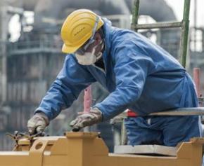 """L'indemnisation du chômage partiel inchangée """"au moins jusqu'au 1er novembre""""..."""