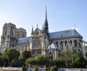 Restauration de Notre-Dame : projet d'étude de la charpente, flèche et...