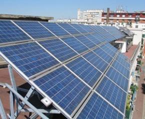 """La filière du photovoltaïque juge """"inconcevable"""" la renégociation des aides..."""