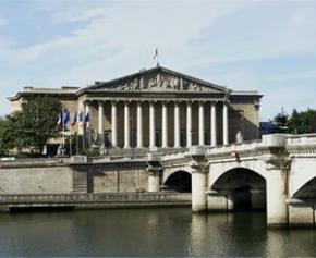 L'Assemblée adopte le projet de loi de simplification de l'action publique et sa...