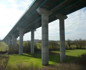 Deux sociétés condamnées pour des défauts sur un viaduc de l'A87...