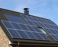 Barbara Pompili prend plusieurs mesures pour inciter à produire sa propre électricité en milieu rural