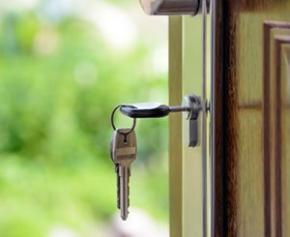 Réintroduire la donnée du reste à vivre pour faciliter l'accès au crédit immobilier
