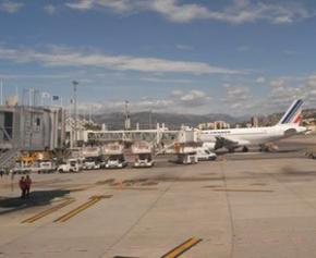 Risques de fermetures d'aéroports européens si le trafic continue à baisser