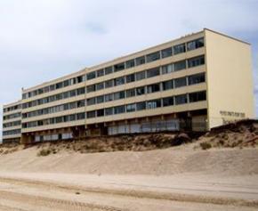 """Les propriétaires du """"Signal"""", immeuble symbole de l'érosion côtière, bientôt..."""