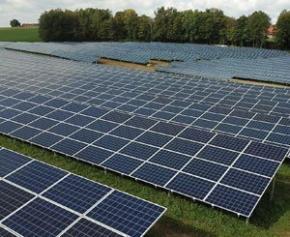 L'Assemblée vote la révision à la baisse de certaines aides pour le solaire suscitant...