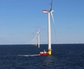 Barbara Pompili défend la récente limitation des recours contre l'éolien en mer