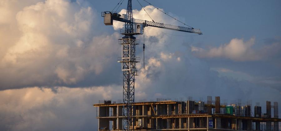 Après une nouvelle baisse au troisième trimestre, le marché du logement neuf à un niveau historiquement bas