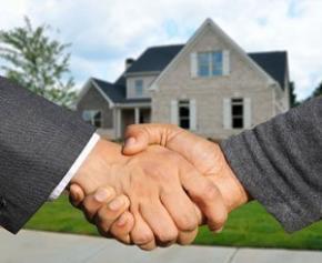 """Réouverture des agences immobilière, """"le plus tôt sera le mieux"""" selon..."""