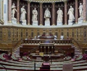 Un article de loi pourrait favoriser la corruption dans l'attribution des...