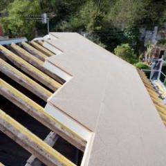 Solution d'isolation pour les toitures en pente