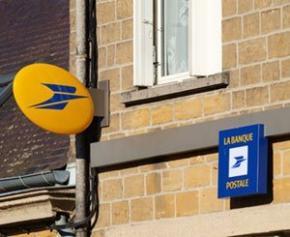 """La Banque Postale """"victime"""" de la destruction de 30.000 dossiers d'emprunteurs..."""