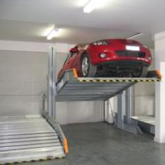 Mechanized parking for stacking 2 or 3 cars