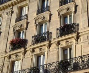 The prices of second-hand housing in Paris are starting to fall, after a ...
