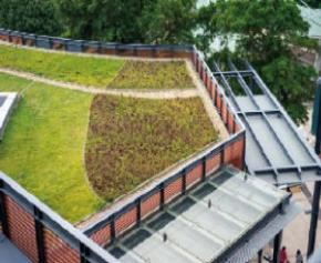 Efficient and efficient insulation of green or photovoltaic roofs