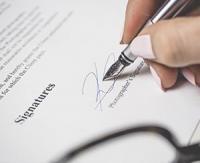 Dans un contrat, les sanctions légales sont toujours possibles