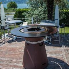 Reversible brazier-plancha table wood, gas and charcoal