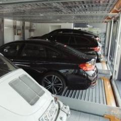 Semi-automatic car parks