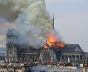 Notre-Dame: Jean-Jacques Annaud is looking for amateur videos of the fire ...