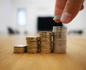 L'épargne due au Covid estimée à 165 milliards d'euros sur...