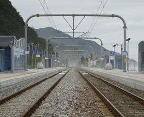 CDG Express et RER B: Valérie Pécresse menace SNCF Réseau