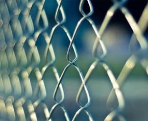 Huit nouveaux sites annoncés pour la création de 15.000 places de prison