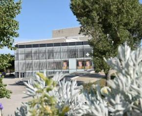 Les stores anti-chaleur Reflex'Sol au Théâtre de Narbonne