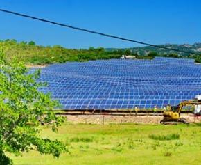 ZE Energy and the Banque des Territoires are developing solar power plants ...