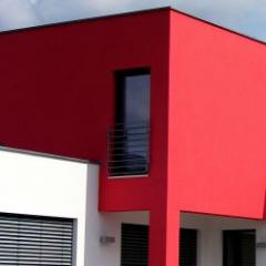 Cladding which combines shine and durability