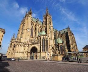 """La cathédrale de Metz, """"Lanterne de Dieu"""", fête ses 800 ans avec de..."""