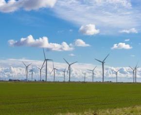 Le gouvernement défend l'éolien et demande aux préfets d'identifier des...