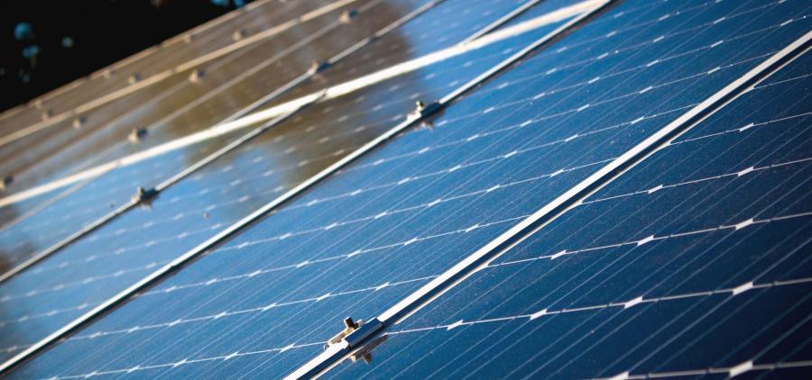 Solaire : Le projet de baisse des tarifs d'achat d'électricité inquiète la filière