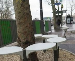 Paris city hall will withdraw certain benches with contested aesthetics