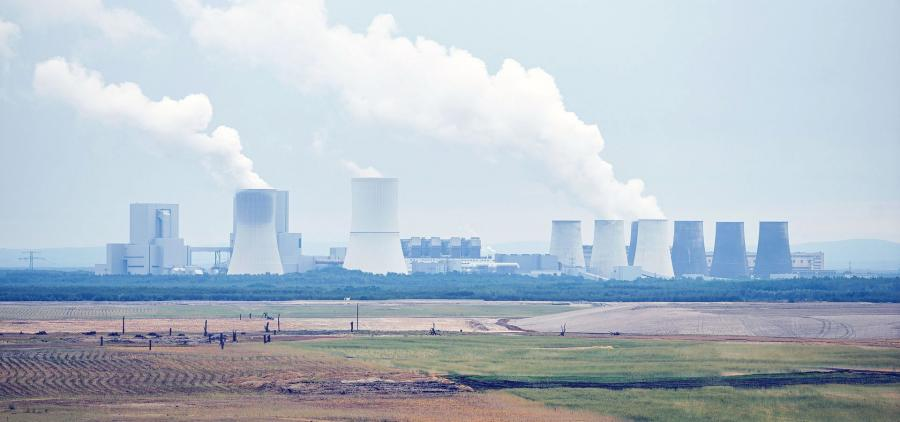 Several building and energy sectors still disagree with the government on the real carbon impact of electricity