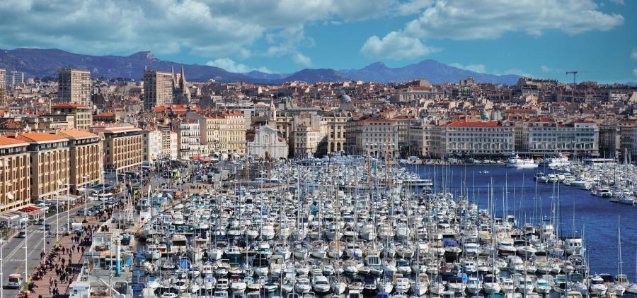 L'État promet 1,5 milliard d'euros pour les transports, la culture et la sécurité à Marseille
