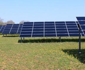 Lancement d'un débat sur la construction du plus grand parc photovoltaïque de...