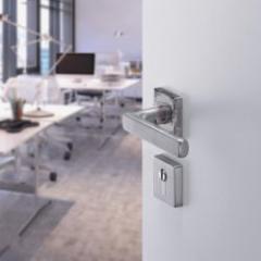 Extreme resistance door handle