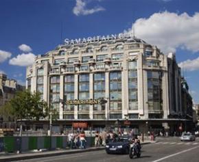 Au dessus des boutiques de luxe de La Samaritaine, logement social avec...