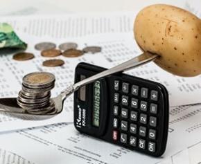 """L'inflation devrait rester """"un peu supérieure"""" à 2% jusqu'en décembre..."""