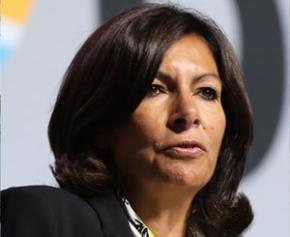 Anne Hidalgo attaquée sur la transition écologique à Paris par ses alliés EELV