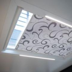 Roller blinds for roofs: minimalism for skylights