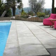 Timeless outdoor slabs and copings