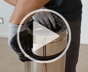 Comment faire glisser le joint de collerette autour du conduit ?