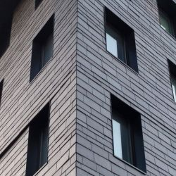 Ventilated facade in dynamic and creative natural slate