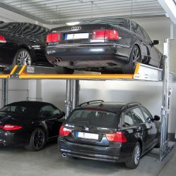 Mechanized parking without pit to superimpose two vehicles